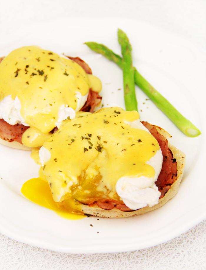 自家製Eggs Benedict 班尼迪蛋